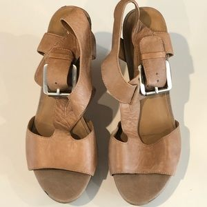 Franco Sarto Shantelle Wedge Sandals Size 9